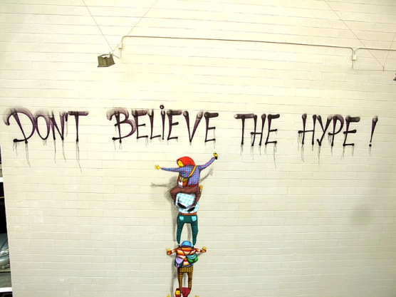 viva la revolucion,dont believe the hype os gemos,museu arte contemporanea sao francisco,os gemos graffiti,brazillian graffiti street art, fine street art,arte nas ruas,arte urbana,graffiti em museu,underconstruction blog