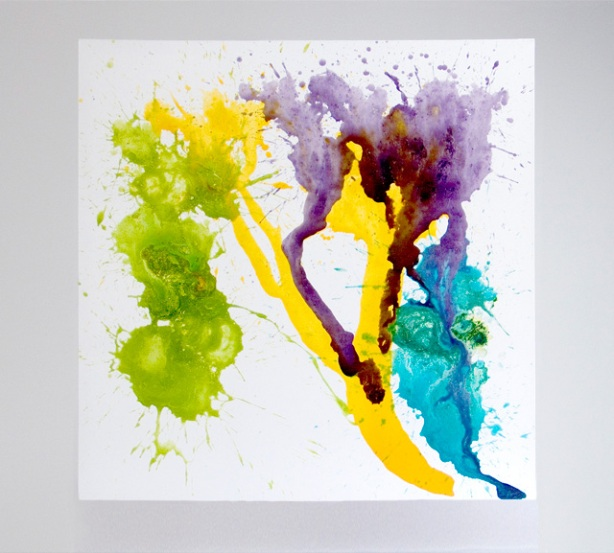 nexus vomitus, vomitando arte, leite com tinta, bizarro, freak artist, performer, millie brow