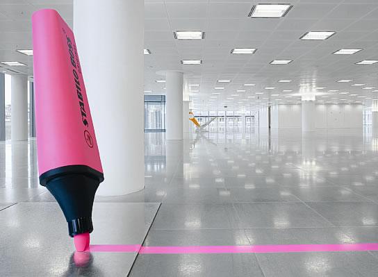 radford willis maximal mnimal objects,design,minimalismo,minimal,maximal,maximalismo,objetos gigantes,decoracao