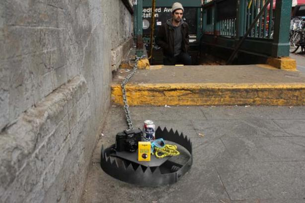 armadilhas urbanas,urban traps,street art,arte nas ruas,ativismo,activismo,graffiti EUA,underconstruction blog