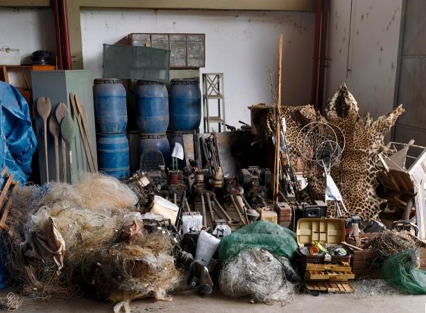 bob wolfenson apreensoes,apreensao de armas em sao paulo,fotografia,underconstruction blog,guns photography,livro,book,artigos de pesca ilegais
